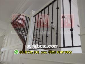 Railing Tangga, Balkon